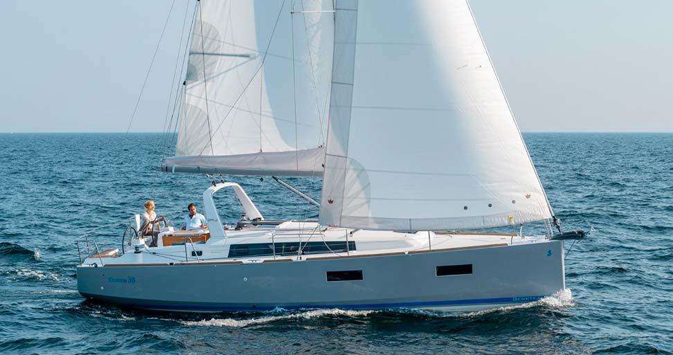 Sailing experience to Tabarca island